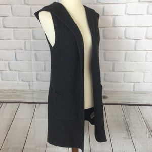 TAHARI Hooded Wool Blend Cardigan